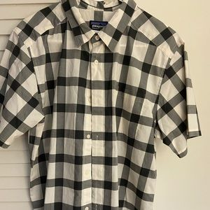 Patagonia Short Sleeve Button Down-Large